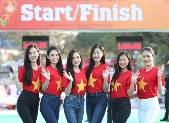 Toàn cảnh Lễ Thượng cờ Giải Tiền Phong Marathon 2021 ảnh 22