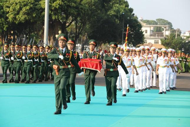Toàn cảnh Lễ Thượng cờ Giải Tiền Phong Marathon 2021 ảnh 6