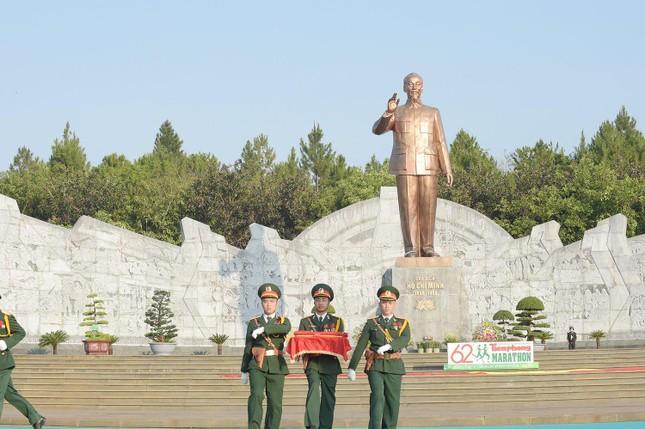 Toàn cảnh Lễ Thượng cờ Giải Tiền Phong Marathon 2021 ảnh 7