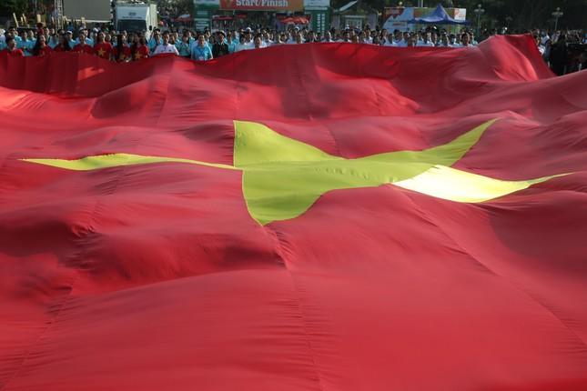 Toàn cảnh Lễ Thượng cờ Giải Tiền Phong Marathon 2021 ảnh 16