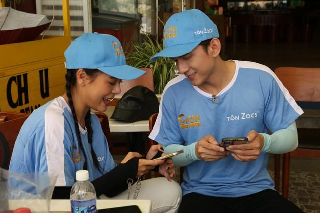 Showbiz 27/3: Thơ Nguyễn lộ diện sau scandal sau nộp phạt vì clip 'xin vía học giỏi' ảnh 2