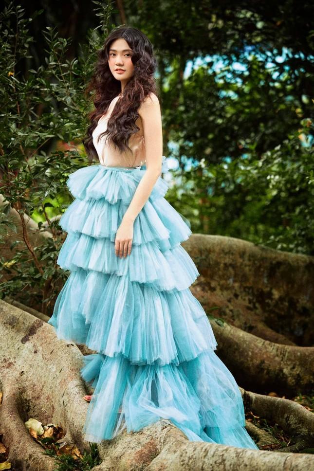 Hoa khôi Đại học Hoa sen từng thi Hoa hậu Việt Nam hóa công chúa rừng xanh, đẹp gây mê ảnh 8