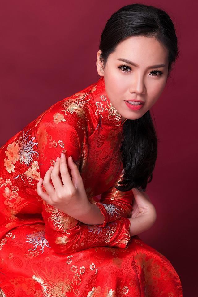 Những người đẹp Áo dài của Hoa hậu Việt Nam giờ ra sao? ảnh 17