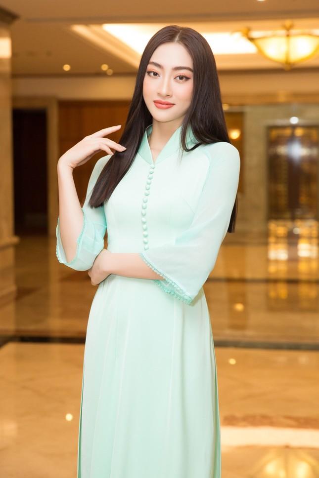 Hoa hậu Đỗ Thị Hà đẹp dịu dàng sánh vai cùng dàn hậu 'đỉnh cao' ảnh 11