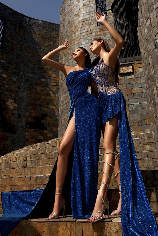 Người đẹp Biển Đào Thị Hà diện váy xẻ cao khoe chân dài miên man ảnh 6