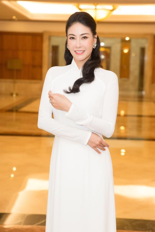 Hoa hậu Hà Kiều Anh đồng hành cùng CLB 'Suối mát từ tâm' ảnh 5