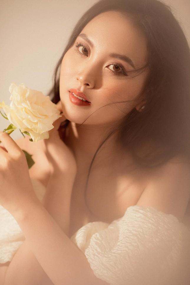 Nhan sắc ngọt ngào của người đẹp Nghệ An hai lần dự thi Hoa hậu Việt Nam ảnh 10