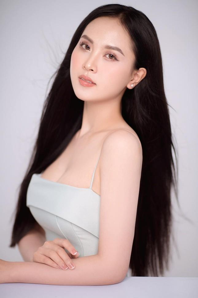 Nhan sắc ngọt ngào của người đẹp Nghệ An hai lần dự thi Hoa hậu Việt Nam ảnh 2