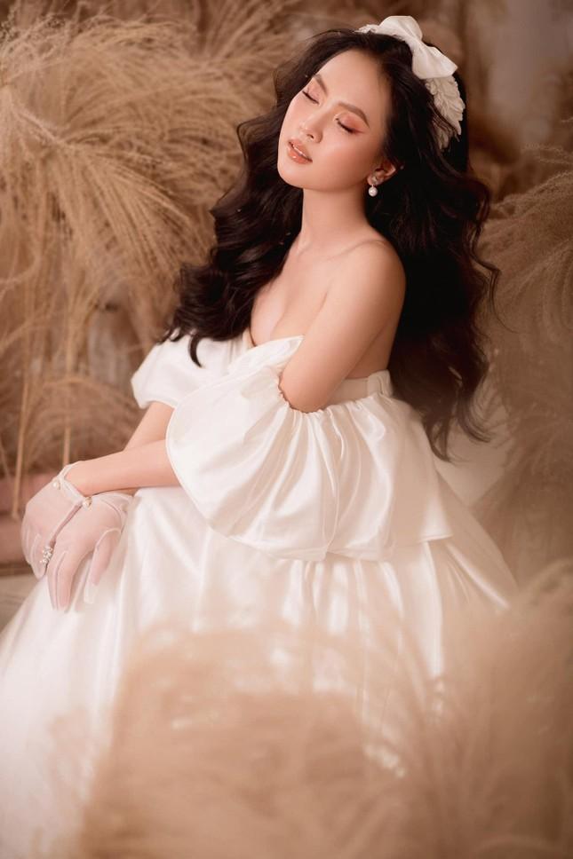 Nhan sắc ngọt ngào của người đẹp Nghệ An hai lần dự thi Hoa hậu Việt Nam ảnh 5