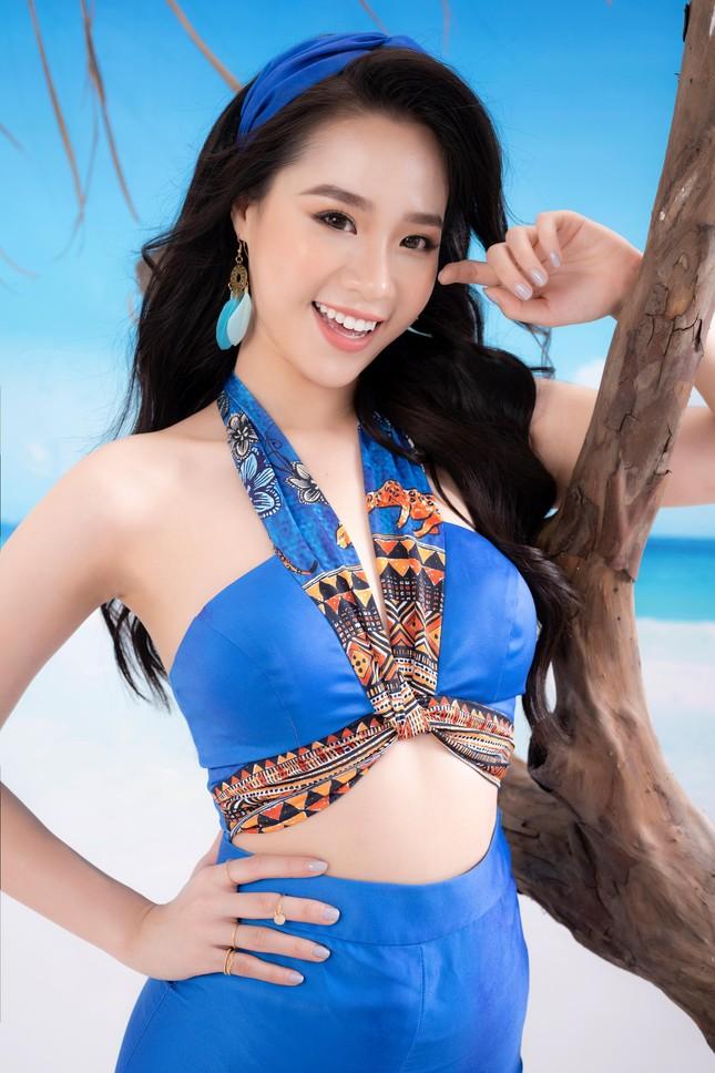 Lần hiếm hoi người đẹp biển Nguyễn Hoàng Bảo Châu khoe ảnh bikini cực gợi cảm ảnh 10