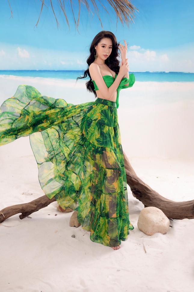 Lần hiếm hoi người đẹp biển Nguyễn Hoàng Bảo Châu khoe ảnh bikini cực gợi cảm ảnh 7