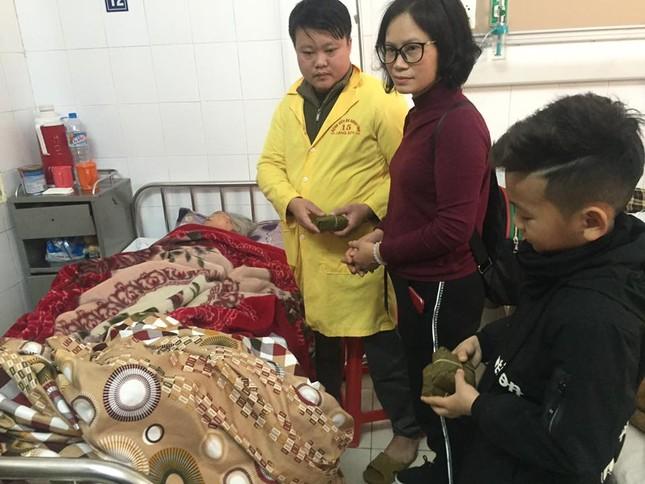 Tặng bánh chưng cho học sinh vùng cao, bệnh nhân nghèo Lạng Sơn ảnh 1