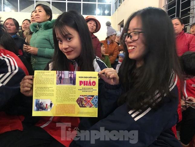 'Xuân Biên phòng- ấm lòng dân bản' ở biên cương Lạng Sơn ảnh 2