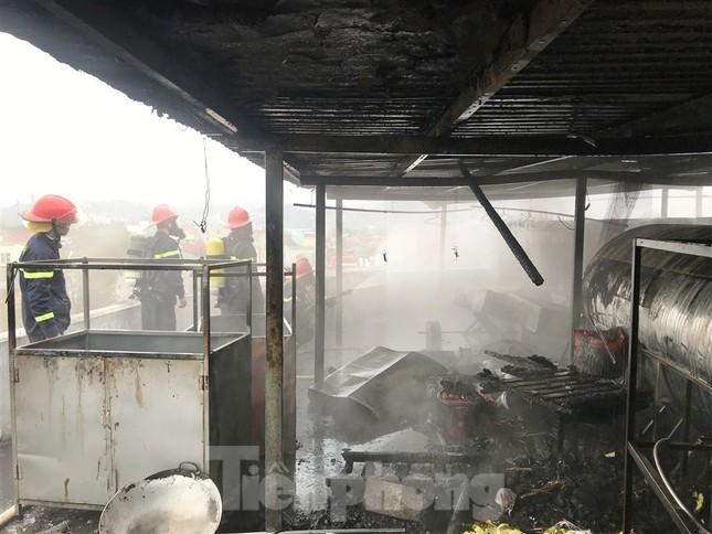 Cháy nhà hàng đặc sản ở trung tâm thành phố Cao Bằng ảnh 1