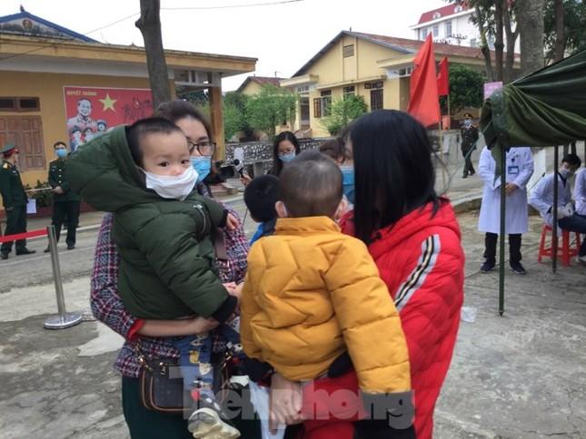 Hết thời hạn, 120 người rời khu cách ly Quân đội ở Lạng Sơn ảnh 3