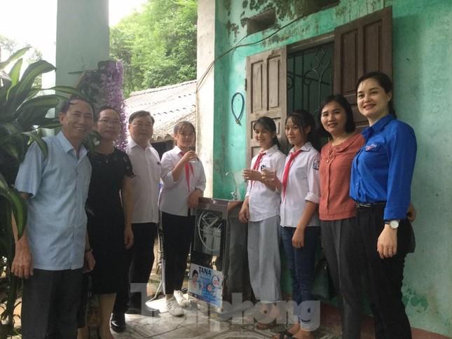 Mang nước sạch về cho trẻ em Lạng Sơn ảnh 1