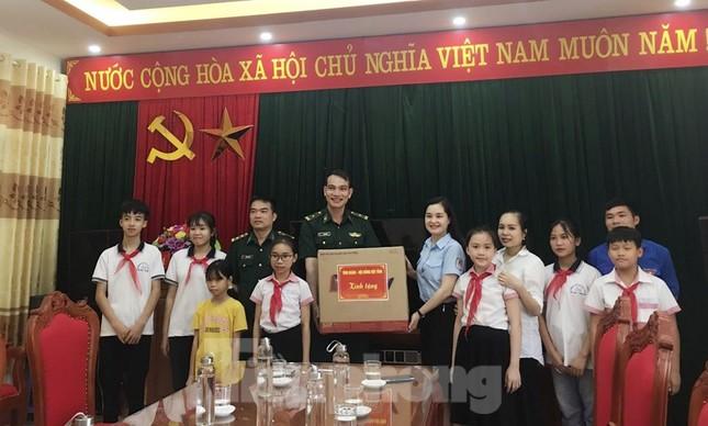 Nhiều hoạt động ý nghĩa, thiết thực cho trẻ miền núi Lạng Sơn ảnh 6