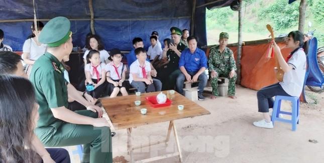 Nhiều hoạt động ý nghĩa, thiết thực cho trẻ miền núi Lạng Sơn ảnh 7