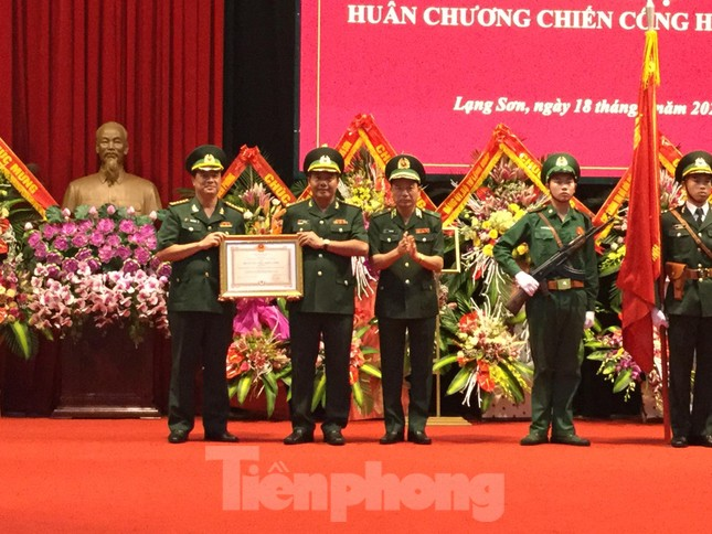 Bắt ma túy 'khủng', Biên phòng Lạng Sơn nhận huân chương Chiến công ảnh 1