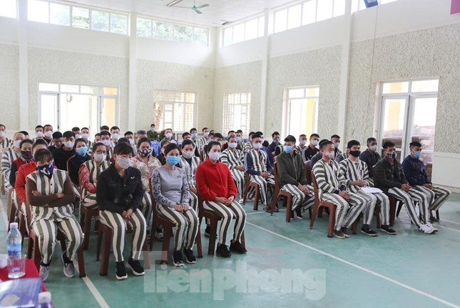 Nhiều phạm nhân ở Lạng Sơn được giảm án trong dịp tết nguyên đán ảnh 4