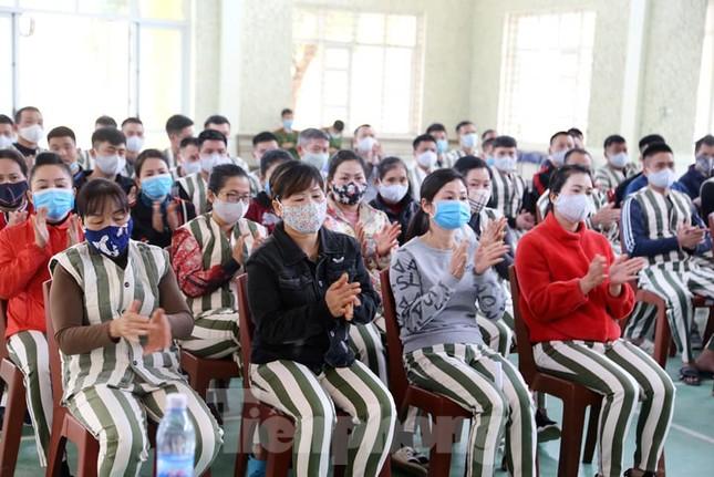 Nhiều phạm nhân ở Lạng Sơn được giảm án trong dịp tết nguyên đán ảnh 2