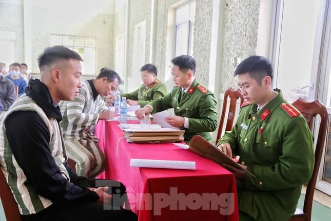 Nhiều phạm nhân ở Lạng Sơn được giảm án trong dịp tết nguyên đán ảnh 1