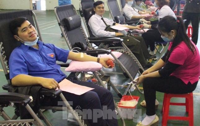 Sôi nổi ngày hội hiến máu Chủ nhật Đỏ ở tỉnh Bắc Kạn ảnh 1