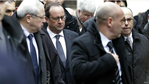 Nghi can 18 tuổi vụ thảm sát tòa soạn Pháp đầu hàng ảnh 15