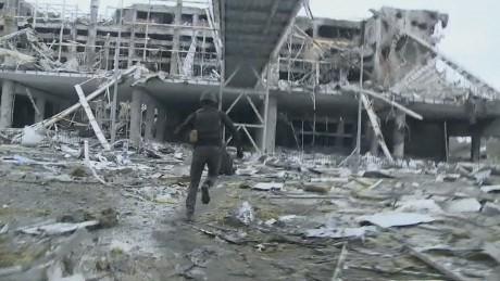 Ám ảnh ghê sợ của lính Ukraine tại sân bay Donetsk ảnh 2
