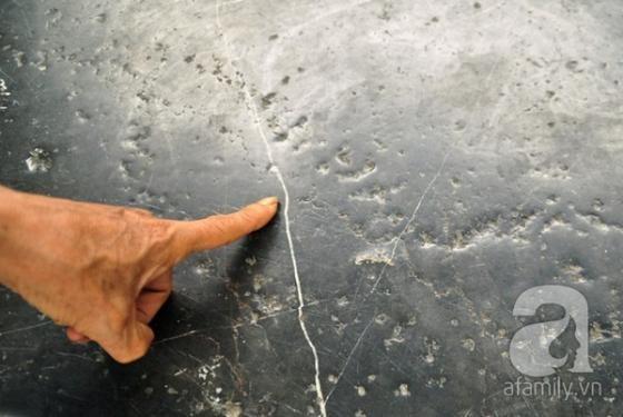 Ghế đá trăm tuổi tại Hồ Gươm bị xe tông vỡ nát ảnh 10