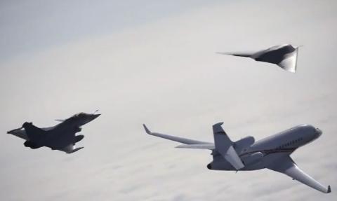 Máy bay không người lái nEUROn thử nghiệm bay đội hình