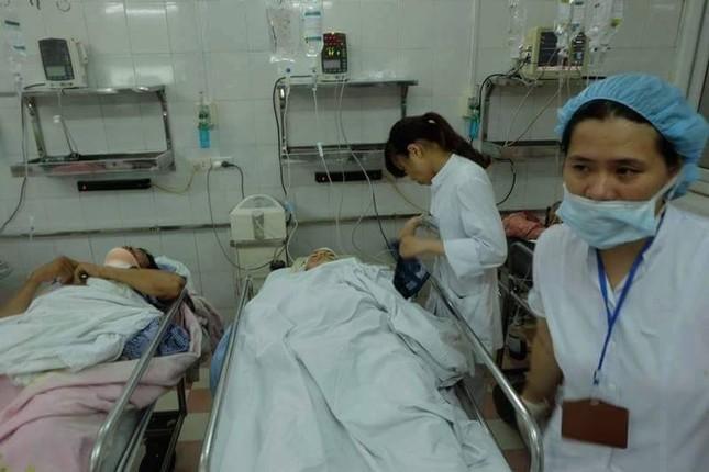 Sập nhà cũ ở Hà Nội, hai người tử vong dưới đống đổ nát ảnh 47