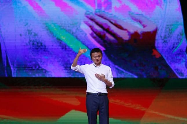 Tỷ phú Jack Ma chúc giới trẻ Việt Nam luôn tiến về phía trước ảnh 22