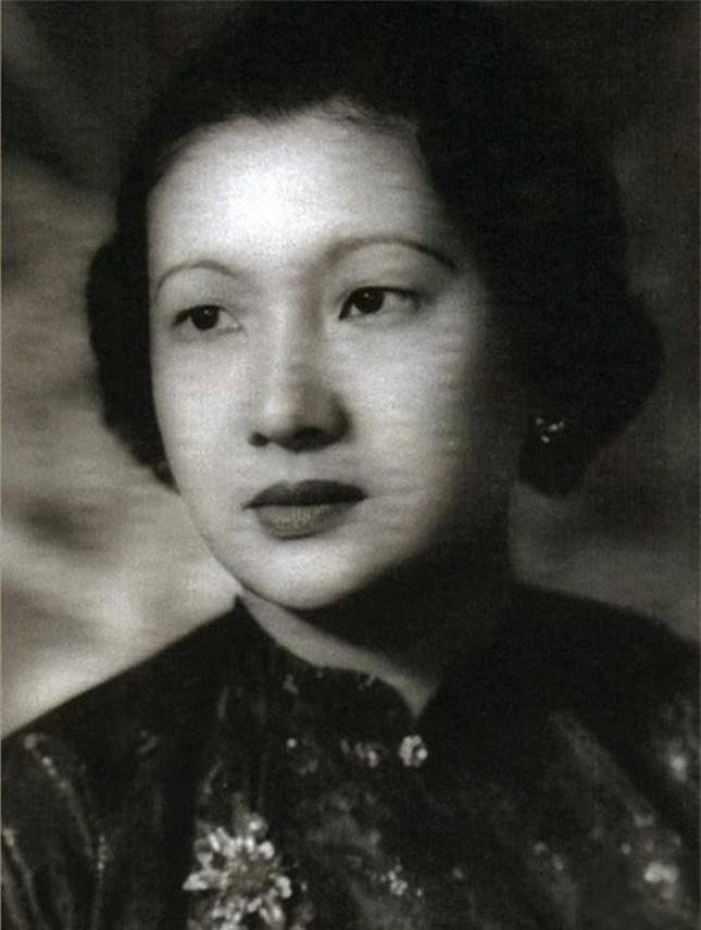 Nam Phương hoàng hậu là cháu ngoại của Huyện Sỹ - một trong 4 người giàu nhất Việt Nam, đúng hay sai?