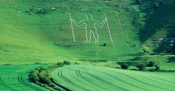 1001 thắc mắc: Ai là chủ nhân hình vẽ thổ dân khổng lồ dài 4,2km? ảnh 1