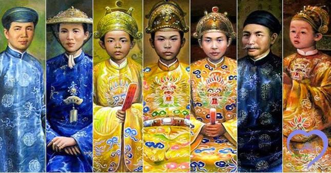 Triều Nguyễn trải qua bao nhiêu đời vua trị vì?