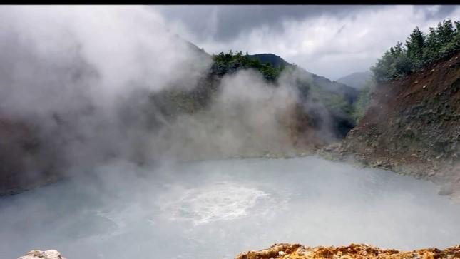 1001 thắc mắc: Hồ Hillier nằm ở đâu, vì sao nước có màu hồng 'ma quái'? ảnh 5