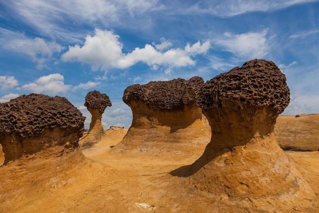 1001 thắc mắc: Sao sa mạc lắm cát, nấm đá hình thành như thế nào? ảnh 2