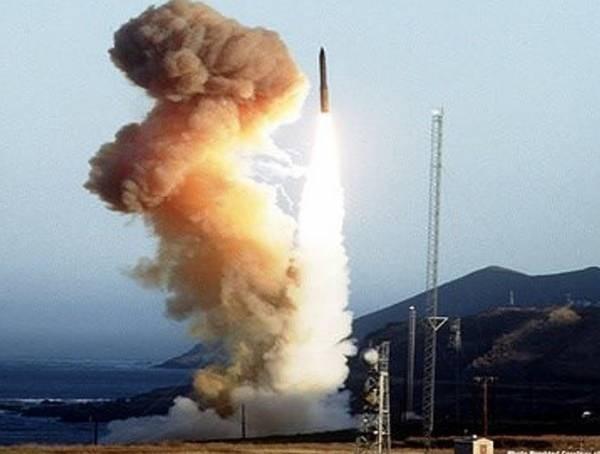 1001 thắc mắc: Người Nhật từng chế siêu vũ khí diệt cùng lúc 10.000 máy bay thế nào? ảnh 2