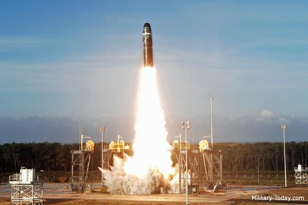 1001 thắc mắc: Tên lửa nào mang 6 lưỡi kiếm chuyên dùng để ám sát? ảnh 5