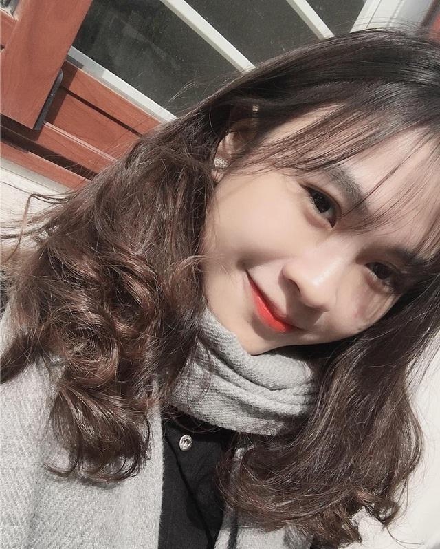 Nữ sinh Lạng Sơn 'đẹp không tì vết' đăng quang Hoa khôi du học sinh Việt tại Hungary ảnh 7
