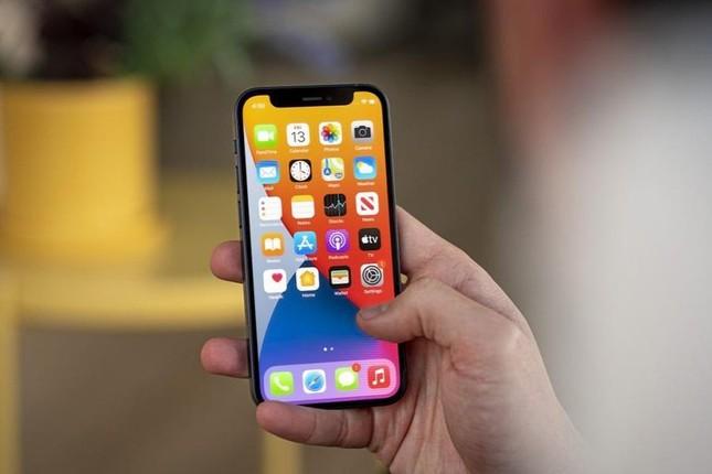 Đại lý đua nhau xả hàng, giá bán iPhone 12 Mini 'chạm đáy' tại Việt Nam ảnh 1