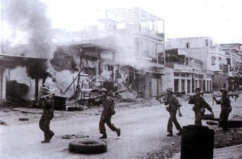 Thị xã nào ở Việt Nam được giải phóng ngày 16/4/1975?
