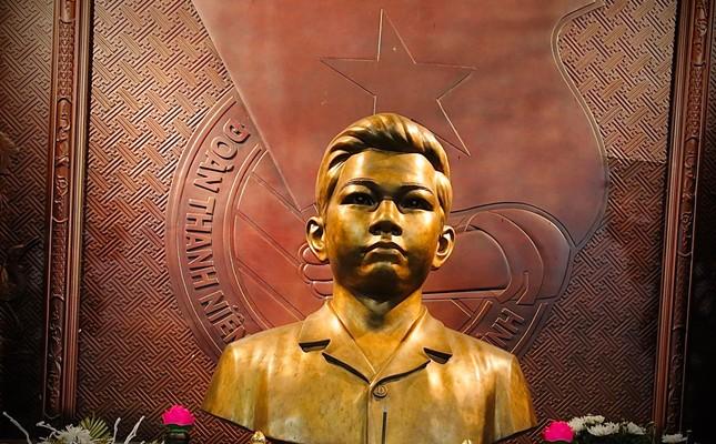 Nơi an nghỉ của người Đoàn viên thanh niên Cộng sản đầu tiên ảnh 1