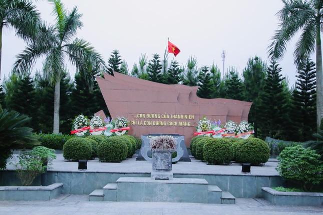 Nơi an nghỉ của người Đoàn viên thanh niên Cộng sản đầu tiên ảnh 5
