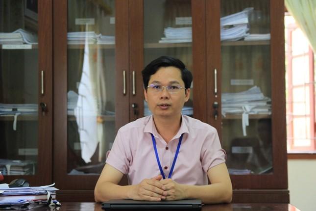 Vụ cô giáo quỳ gối xin không đóng cơ sở: Chính quyền nói dàn dựng ảnh 1