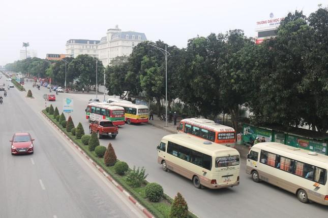 Bát nháo xe buýt tại thành phố Vinh ảnh 1