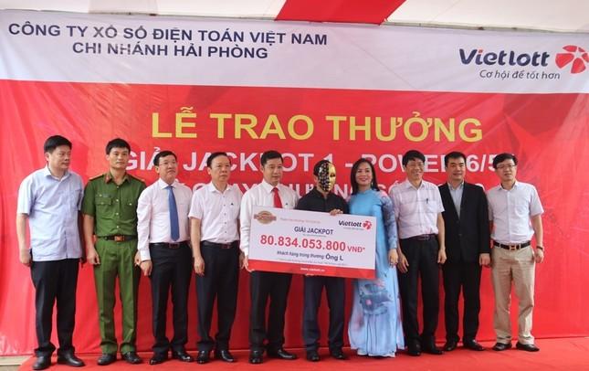Người đàn ông Nghệ An trúng Vietlott Jackpot hơn 80 tỷ đồng ảnh 1