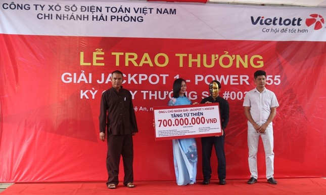 Người đàn ông Nghệ An trúng Vietlott Jackpot hơn 80 tỷ đồng ảnh 2