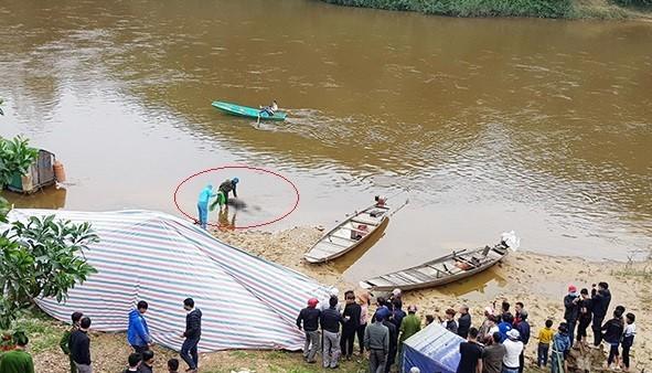 Phát hiện thi thể nam thanh niên mất tích gần 1 tuần dưới sông ảnh 1